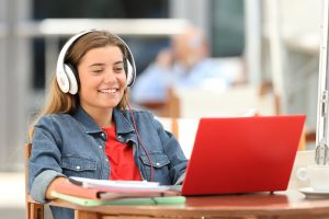 5 Ways to Support Students' Transition to Distance Learning